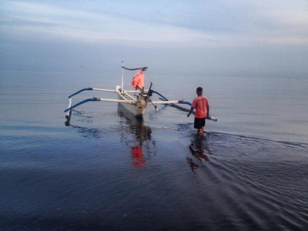 Bali- I road on a skinny boat