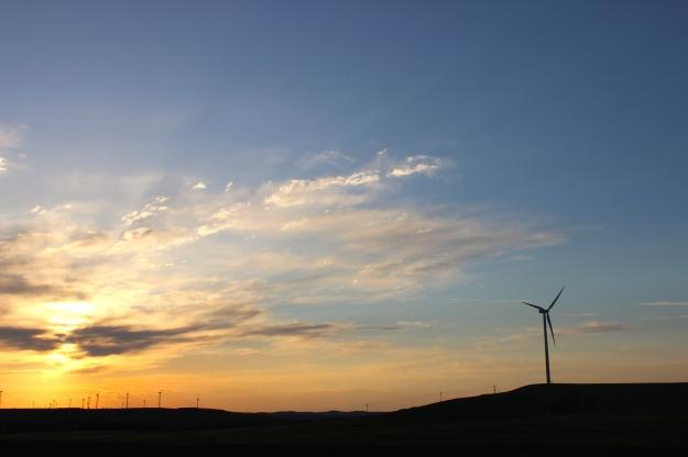 turbines, clean energy, green energy, roadtrip, funny, humor, fans, aliens